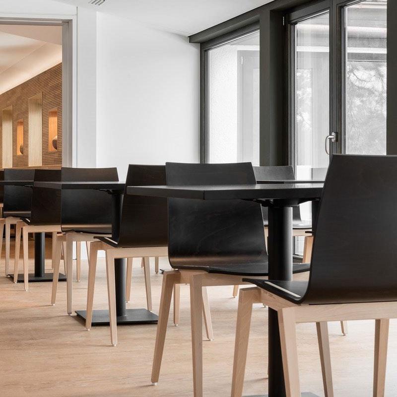Restaurantstuhl Modell STOCKHOLM von TON
